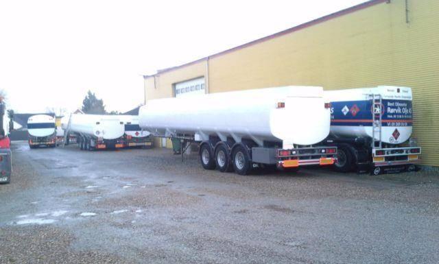 Kaessbohrer 15 units Tank trailer 27000 bis 50000 L - 2002