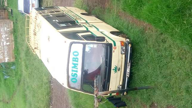 Nissan UD 29 Seater Bus for Sale Hurlingham - image 2