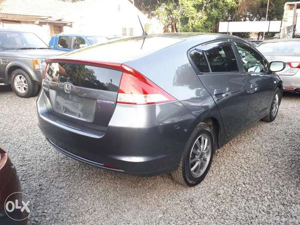 Honda Insight Hybrid, Newshape, Gray , Year 2011, KCP, 1300cc Auto Hurlingham - image 3