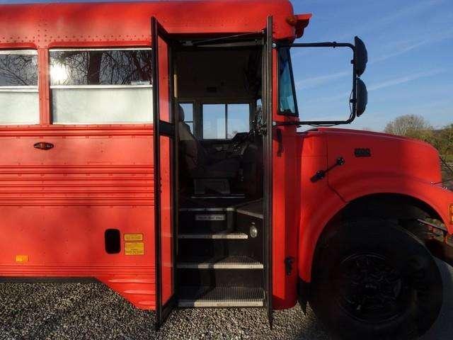 International Blue Bird School Bus Food Bus - 1995