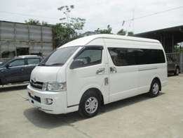 2010 Toyota Hiace Fitted with seats 2500cc Diesel
