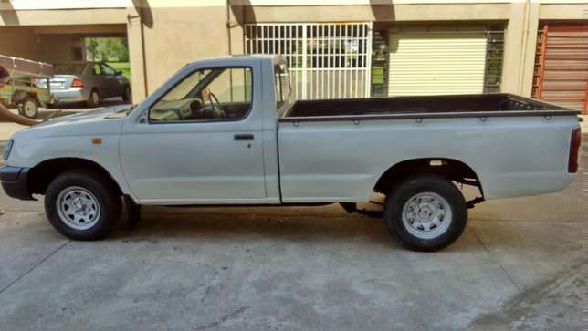 Hire a bakkie for all your moving today Johannesburg CBD - image 4