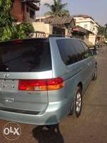 Mint Honda odyssey 2004 Foreign, This Vehicle is like New.