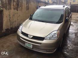 8-Months Used 2005 Toyota Sienna DVD Full Option
