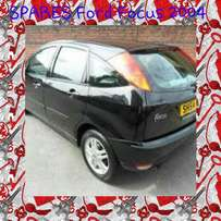 Ford Focus 2004 stripping 4 spares