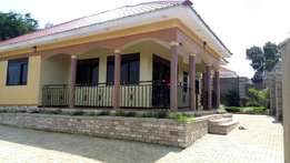 4bedrooms 3bathrooms on 13decimals in kira at ugshs210m negotiable