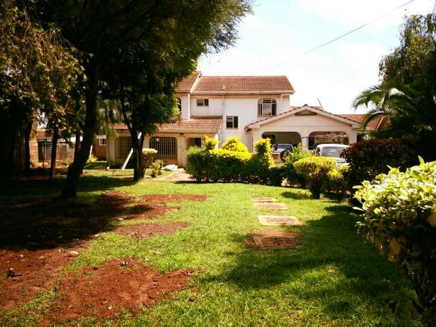 Spacious 5Bedroom Double Storey House in Mountain View Estate 150K Westlands - image 4