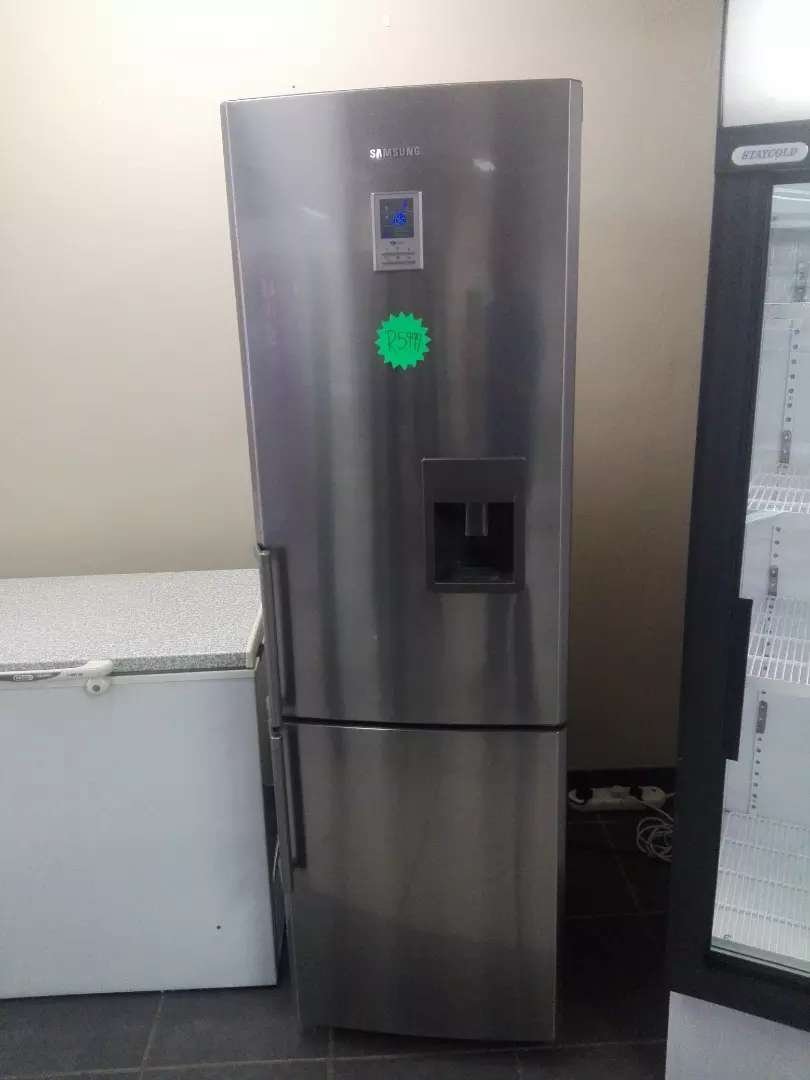 Big Samsung Fridge With Water Desp Homeware Amp Appliances
