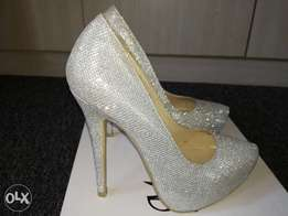 Beautiful New Silver Glitter Heels