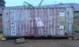 Container 20fit on sale at7,500000 negotiable