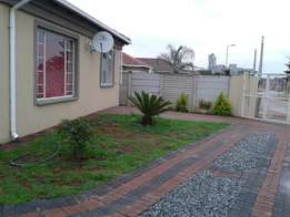 3 and. 0half bedroom house in a secured complex with own gate