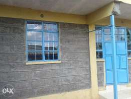 one bedroom house to let along naivasha road