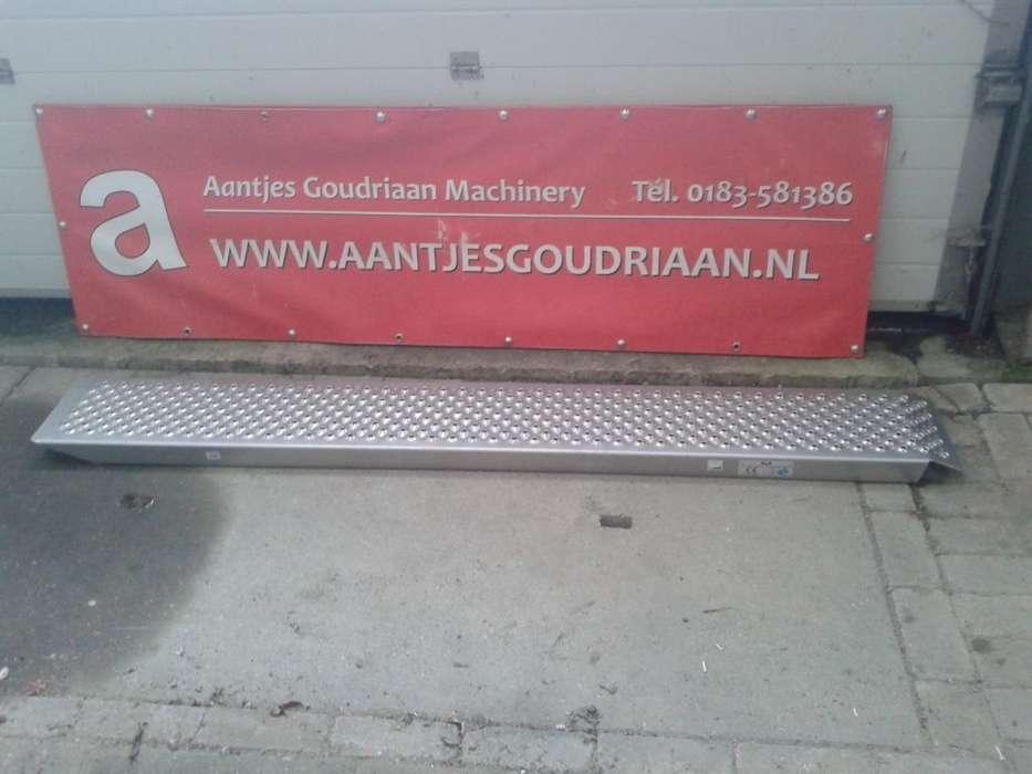 Rijplank 500 Kg Mobile Yard Ramp