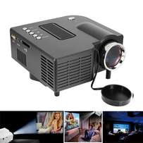Home Multimedia Data LED Mini Projector. Brand New From the Box