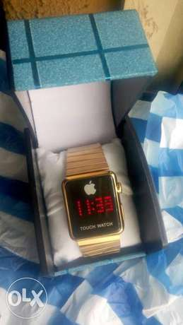 Apple Touch Screen Digital Wrist Watch Oshodi - image 2