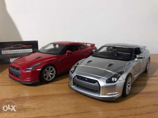1/24 gtr nissan red and silver