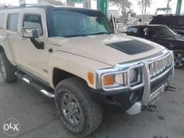 2007 Hummer H3 for sale. Very sound.