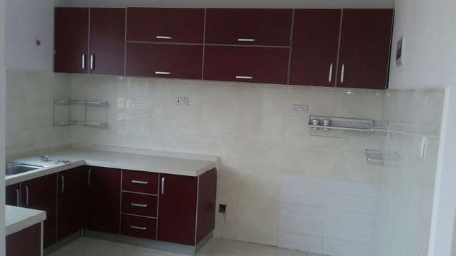 3bedroom plus sturdy room penty house for rental Lavington - image 5
