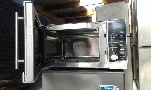 Defy Grill Microwave Oven for sale Cape Town - image 2