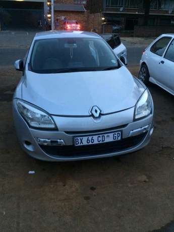 2012 dynamic megane very clean and in good conditions Pretoria West - image 3