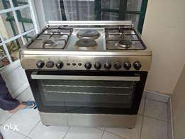Quick Sale- Barely Used 6 burner cooker owned by a chef