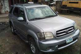 Firstbody Toyota sequoia for sale