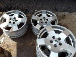 Land Rover Discovery 3 Alloy Wheel Rims 18 inch Genuine LR