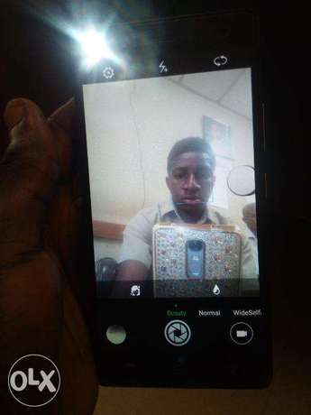 very neat Infinix hot 4 Lite with 2 months Gaurantee. Lagos - image 3