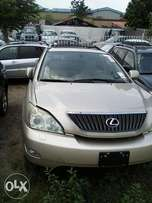 Lexus 300 Rx for sell