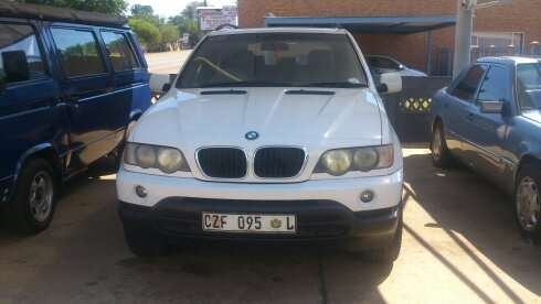 2003 Bmw 5X 3.0d A/T in a very good condition Nylstroom - image 2