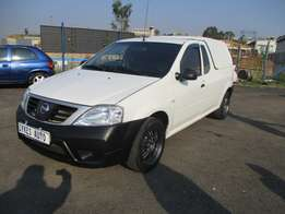 Nissan np200 1.6i (aircon) With canopy, 2-doors, Factory A/c, C/d Play