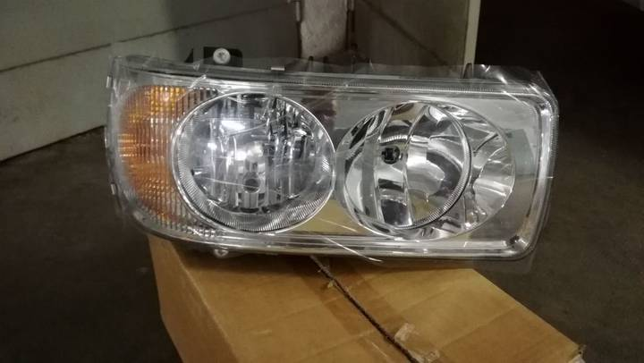 DAF New headlight for  XK 2002 tractor unit