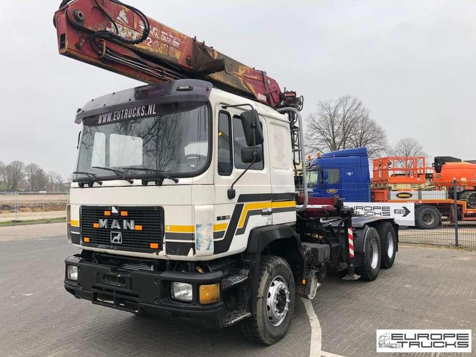 27.402 Full Steel - Manual - Crane - Big axle - 1995
