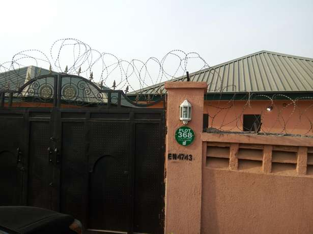 1,3 unit of 3 and 2 bedroom Bungalow at Fha Lugbe Lugbe - image 4