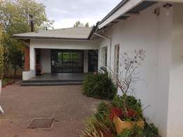 Family home in tip-top suburb, Dan Pienaar