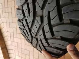 R17 continental cross contact tyres for sale, 95% thread left.