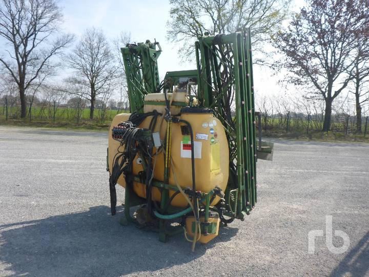 Amazone UF1200 8 m 3 Pt Hitch