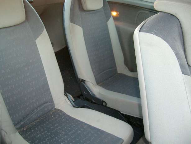renault scenic 2.0 auto 7 seater East Rand - image 5