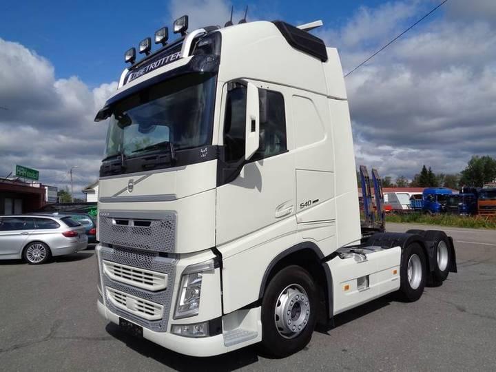 Volvo Fh-540 6x2 3200 - 2017
