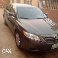 Clean 2009 XLE V4 Camry In Abuja for Urgent Sale 1.5M
