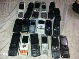 18 Tokunbo phones Samsung Nokia. Lg and Sony Ericsson
