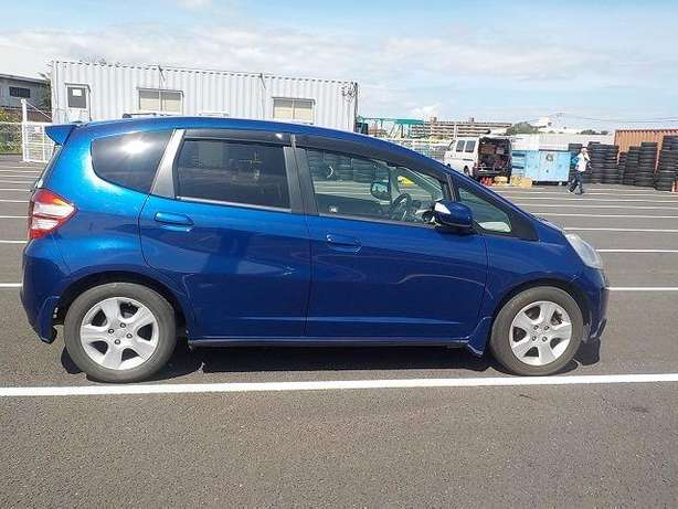 Honda Fit: 2010!Fully Loaded:FogLights!Rear Spoiler!Alloy Wheels! Nairobi West - image 7
