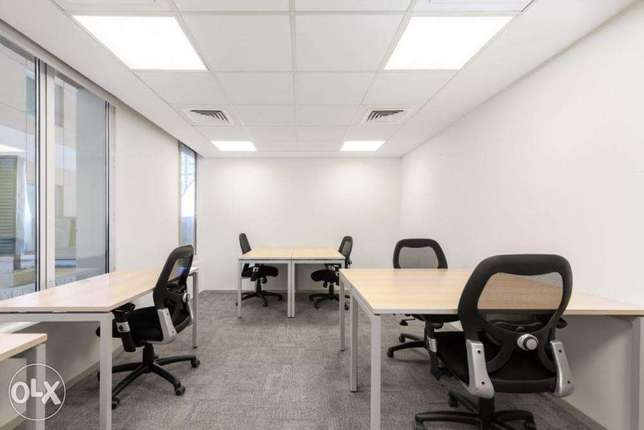 Office to rent for five people in Muscat, Al Mawaleh