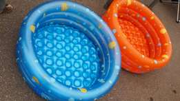 Balloon swimming pool for kids