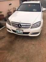 2009 Mercedes Benz C300 Available
