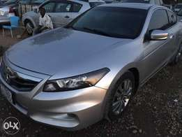 Very clean 2012 Honda Accord Coupe in a very good condition