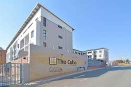 A modern 2 bed 2 bathroom unit for rent in Rivonia