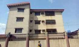 Very lovely 8 flats of 3 bedrooms at off adelabu