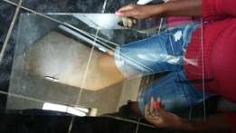 4-5mm glass shelves 31 of them only R200