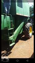 Combine Harvester good as New.Ford Deere 955.